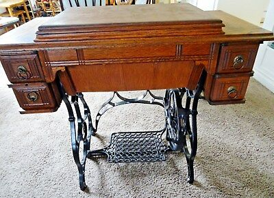 Old Antique Treadle, Paragon Standard Sewing Machine Co 1899-1910 serial # 51097