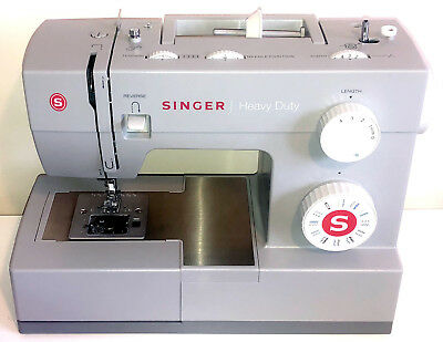 1 Month Old Singer 4423 Heavy Duty Sewing Machine Accessories Cover 3 Extra Feet