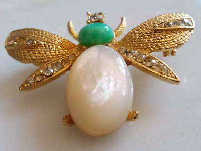 TURQUOISE & PEARL FLY!Lovely Figural Insect Brooch/Pin.Sparkling Faceted Crystal