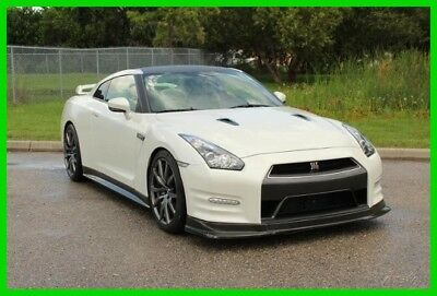 Nissan GT-R Navigation, Bluetooth, Back Up Camera, Twin Turbo 2013 Nisan GT-R Premium Twin Turbo 545 HP 3.8L V6 24V Automatic AWD Coupe Bose