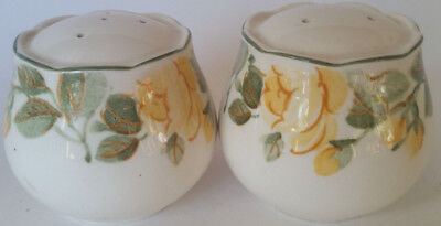 Vintage Ceramic Salt and Pepper Shakers Made in Japan Yellow Flower Mikasa ???