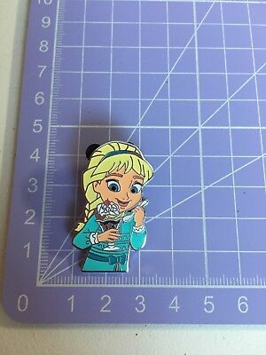 Disney Pin Trader Delight Young Elsa From Frozen