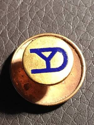 WW1 US Army Yankee Division / 26th Infantry Division Honorable Discharge Pin #1