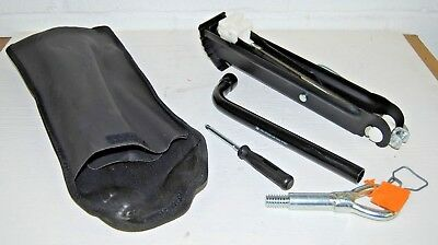 Vauxhall Zafira Jack Wheel Brace Towing Eye Set 1998 - 2005