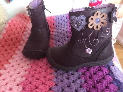 New Toddler Girls Boots Size 4