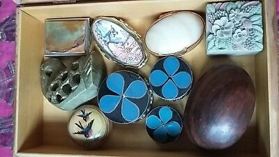 Job lot. collectable.  trinket boxes.  ten little collectables in vintage box.