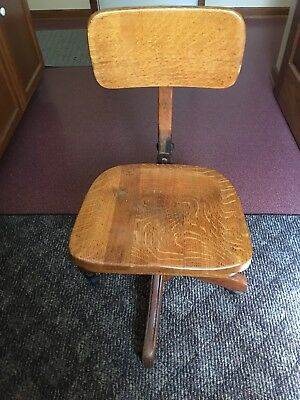 antique vintage oak swivel desk/office chair on rollers, local pickup only
