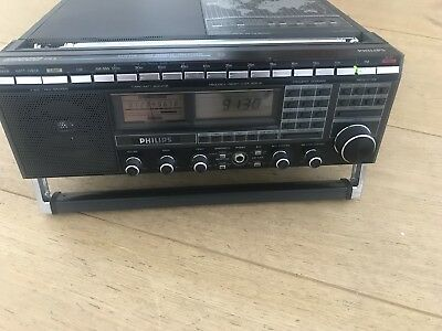 Philips D2999 World Receiver With Ssb Reception.