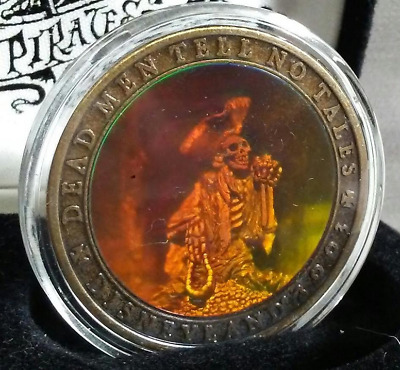 Rare 2003 Disneyland Pirates of the Caribbean Hologram Coin Medallion