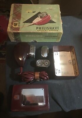 Vintage Auto/Home Phillips PhilisShaver Battery Operated. Working