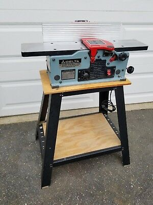 """Delta 6"""" Variable Speed Bench Top Jointer Model 37-070 with Stand"""
