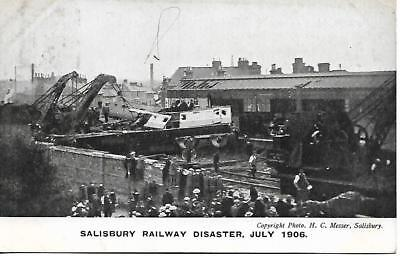 Salisbury Railway Disaster July 1906 B&w Postcard Used  My Ref 966A