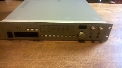 AKAI SO1 Sampler--S01--Original-Instructions-DISK's----Power Cable--