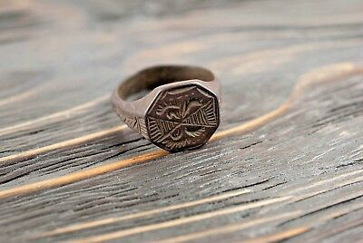 Beautiful Medieval / Post-Medieval Ring c.16th Century AD Bronze Antique Rings
