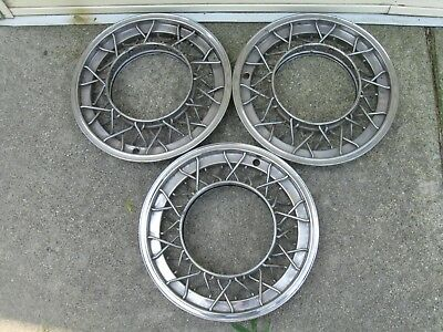 1951 1952 1953 Wire Hubcaps Wire Wheel Covers Cadillac Oldsmobile GM