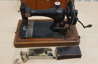 Rare Early Singer VS Sewing Machine with Spares, Manual & Case - c-1890s (AB)