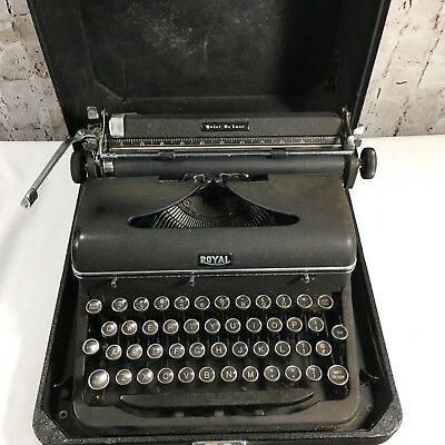 Vintage Black Royal Quiet DeLuxe Portable Typewriter in Case w/ Key Working