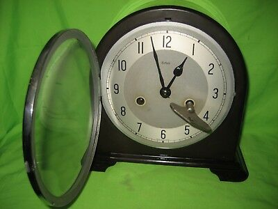 Smiths Enfield Bakelite Mantle Clock With Key & Pendulum.