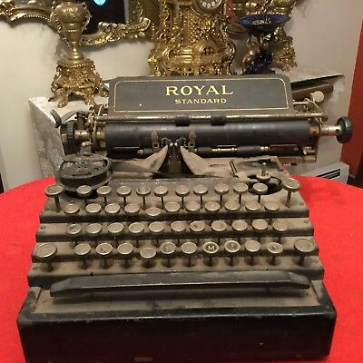 ROYAL STANDARD TYPEWRITER  Schreibmaschine Antique Vtg Machine a Ecrire Flatbed