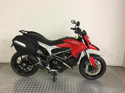 Ducati Hyperstrada 821cc 2014 with 7422 miles + Panniers