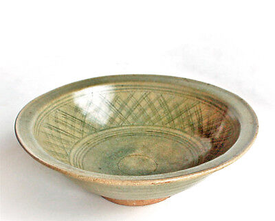 Antique Chinese or Korean Celadon Bowl Song Yuan Dynasty Longquan Old China