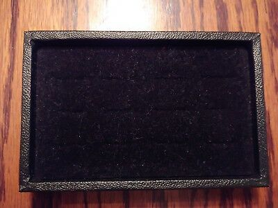NEW JEWELRY DISPLAY - Black Velvet RING HOLDER in black case - holds 12 - 6x4""