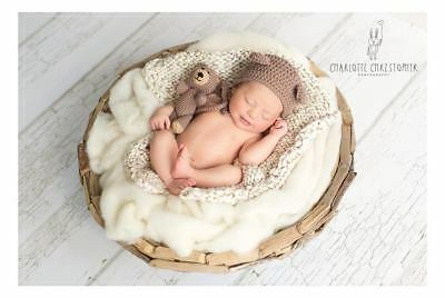 White Baby Blanket Newborn Photo Prop Basket filler Wool Fluff Blanket Liner UK