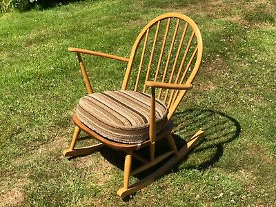 Fine Ercol 470 Windsor Tub Rocking Chair Late 70S Elm And Evergreenethics Interior Chair Design Evergreenethicsorg