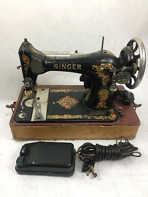 RARE Vintage Singer 128 Antique early electric Sewing Machine   With Accessories