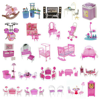 Miniature Furniture Pretend Play Set for Barbie Sisters Dolls House DIY Decor UK