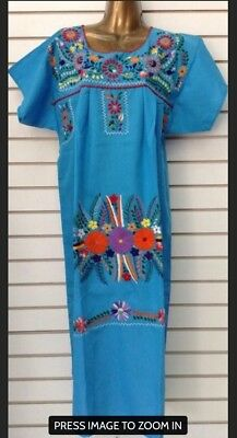 cd14205f2e830 HAND EMBROIDERED MEXICAN Senorita peasant Dress in One size fits M ...