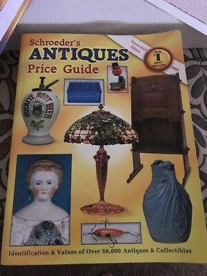 Over 50000 Antiques from A-Z-Schroeder's Antiques Price Guide-2005