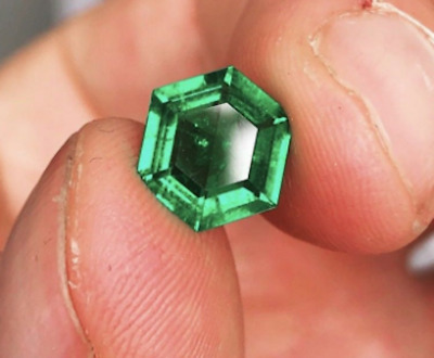 Lab Created Hydrothermal Colombian Emerald Hexagon Loose stone (5x5mm - 12x12mm)