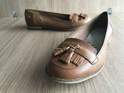 a7088b33379 Clarks Loafers Womens Brown Beige Size 4.5 Cushion Soft Wide Fit Flats  Comfort