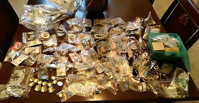 Large Lot Of Vintage To Modern Jewelry Wear Sell Harvest Repair Crafts Mixed Lot