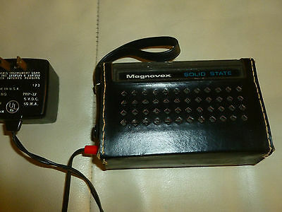 Vintage Magnavox ~ Six Transistor AM Radio with Leather Case AM  model IR1003