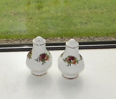 Royal Albert England Old Country Roses Salt Pot & Pepper Pot