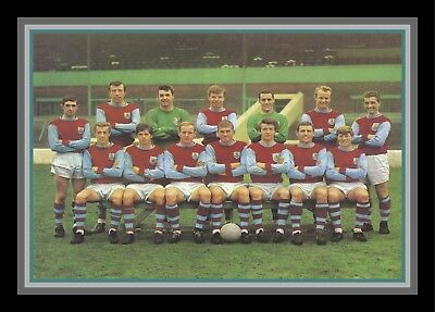 Collectors/Photograph/Print/7 x 5 Photo/Burnley Team Photo 1963