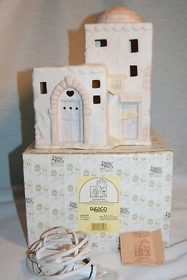 """Precious Moments 283428 """"lighted Inn"""" 1997 Mib W/tags Addition To Nativity"""