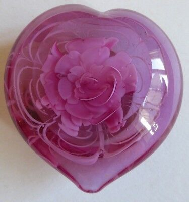 Pink heart shaped  cut glass paperweight cranberry ?FREE POST !!!