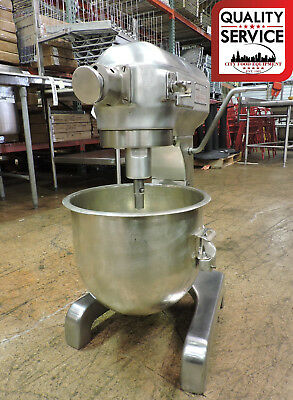 Hobart A200D Aluminum 20 Quart Dough Mixer - Deluxe Finish, w/ 20qt Bowl