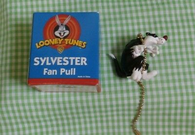 Vintage Old Stock Sylvester the Cat Fan Pull 1998 Still in Box FREE SHIPPING