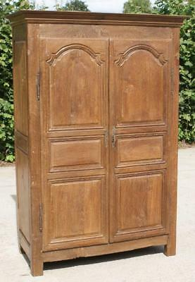 FANTASTI EARLY 19th CENTURY SMALL ANTIQUE FRENCH OAK ARMOIRE  / WARDROBE