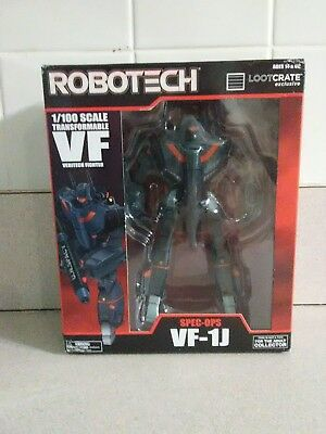 Loot Crate Exclusive Robotech 1/100 Scale Transformable Veritech Fighter