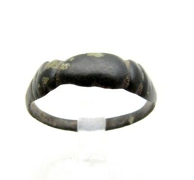Late Medieval Bronze Ring W/ Clasped Hands - Rare Artifact Wearable - D438