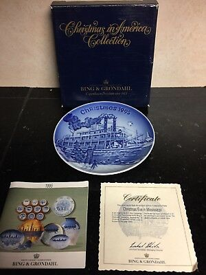 Bing & Grondahl Christmas in America Plate 1995 Christmas Eve In Mississippi
