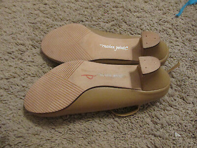 """Character Shoe w/ Leather Sole 1.5"""" Heel, tan by russian pointe size 6.5"""