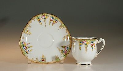 Royal Standard Art Deco Triangular Floral Garland Tea Cup and Saucer, England
