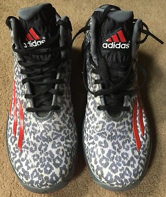 ADIDAS CRAZYLIGHT BOOST Technology DAMIAN LILLARD Mens Size 9 Basketball  Sneaker -  42.50  a4eae94da87a