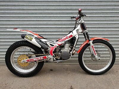 2004 Beta Rev-3 270 Trials Bike **great Bike!!**